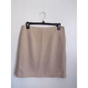 Ann Taylor - Mini Skirt - Cream - Size 4 Petite